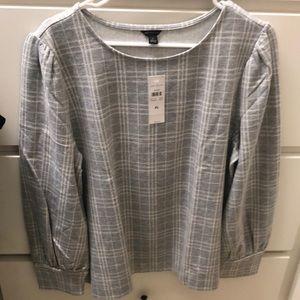 Grey and white puff sleeve sweatshirt